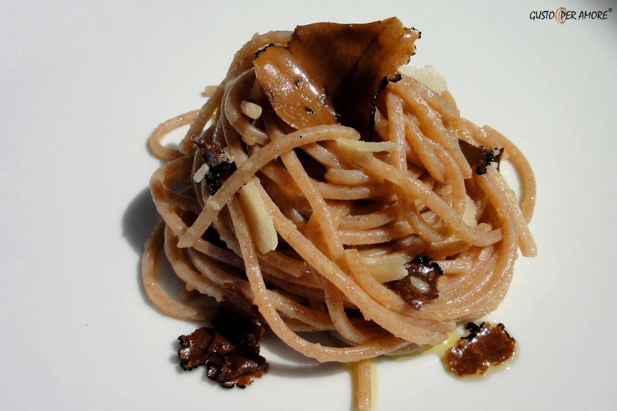 Recipe for black truffle pasta
