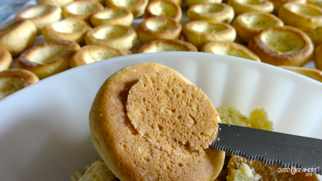 Carved peach cookies - recipes with olive oil