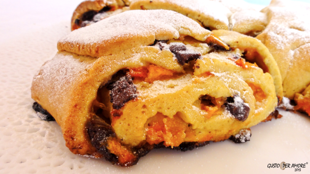 Apricot cake 3 - Recipes with olive oil - Gusto Per Amore