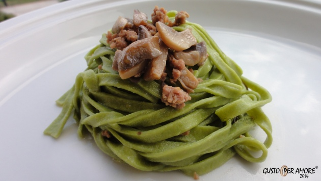 Fresh spinach pasta recipe - Homemade pasta - Recipes with olive oil - Gusto Per Amore