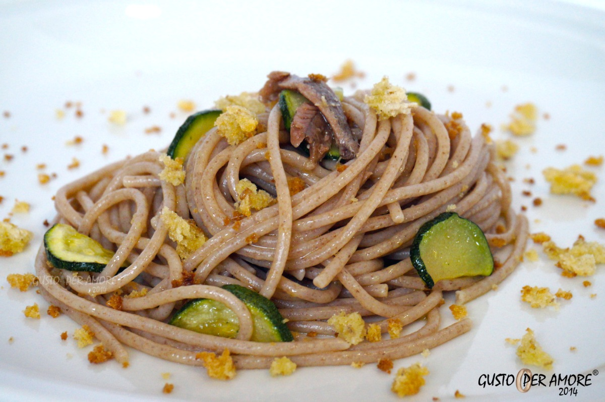 ... PASTA WITH ANCHOVIES AND CRISPY BREAD CRUMBS | Recipes With Olive Oil